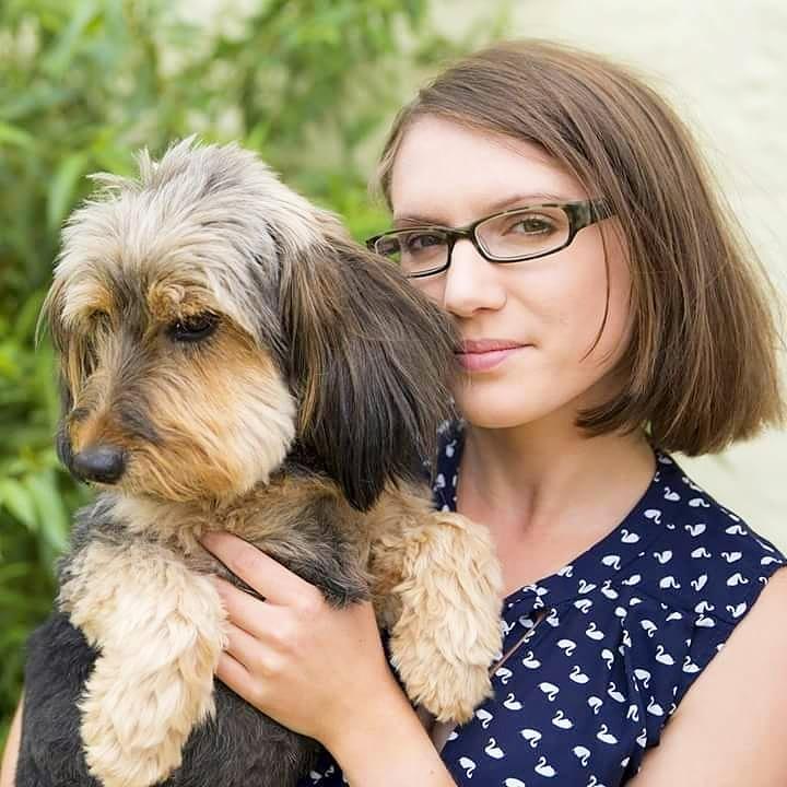 Anika Steidel: Hundeosteopathin